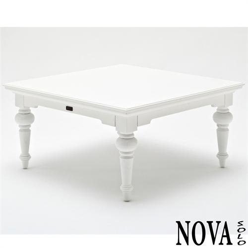 Provence serien fra nova solo med hvide spiseborde og sofaborde mm.